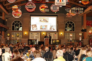 Alumni Dinner 2013 - crowd shot